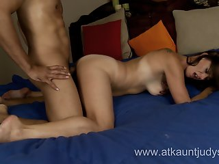 Milf Mimi Moore enjoys the..